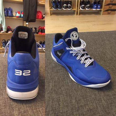 blue-sneakers