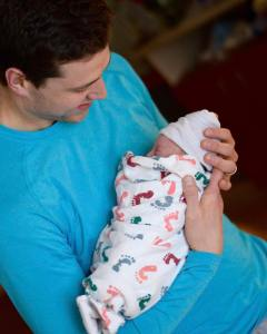 jimmer-holding-wesley-minutes-after-she-was-born-2017