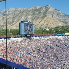 Mountains in back of BYU stadium